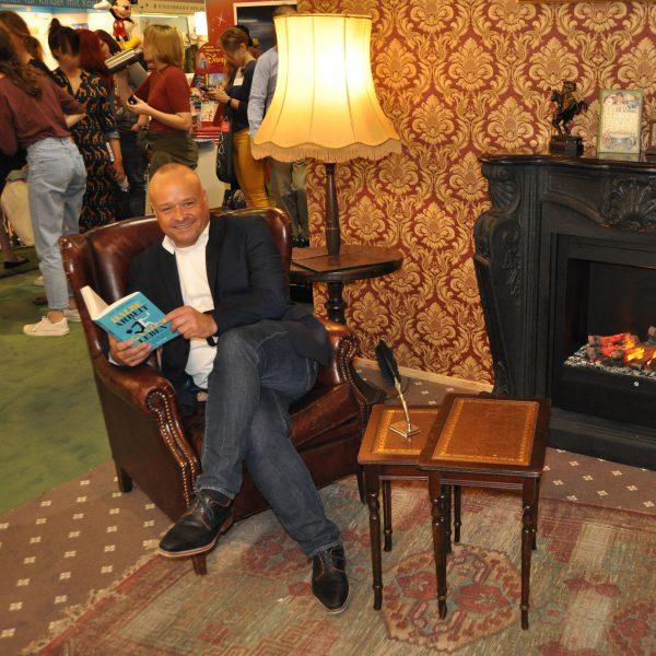 Axel Mengewein auf der Buchmesse, Halbe Arbeit - Ganzes Leben