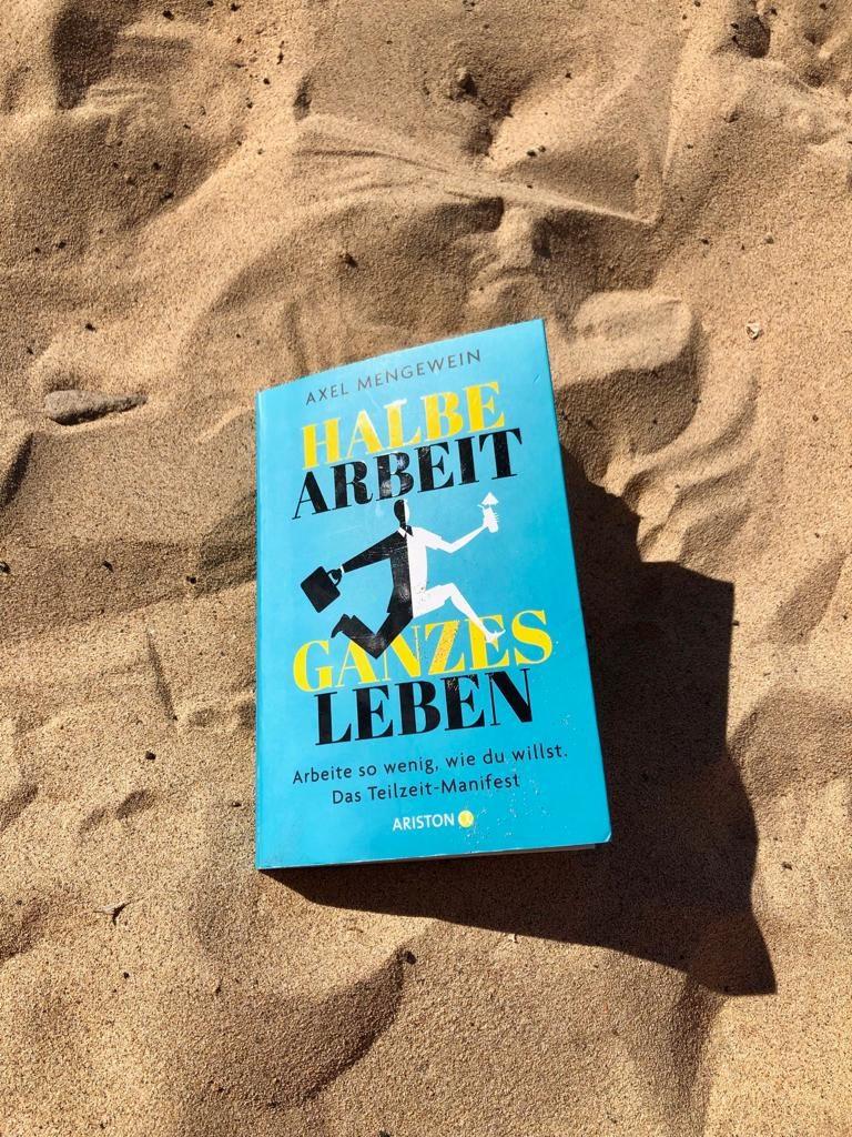 Rezessionen Buch am Strand